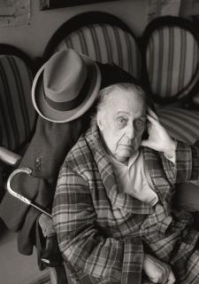 Antoni Bernad, Retrato de Sebastià Gasch © VEGAP, 2020 — Cortesía de la Fundació Joan Miró