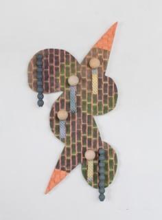 Juan Pablo Garza. Pero las trenzas también flotan (espuma mística), 2016. Mixed media, 106.68x61cm.