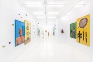 Théo Mercier. Silence is Sexy. Vista de la exposición — Cortesía de la galería Casado Santapau