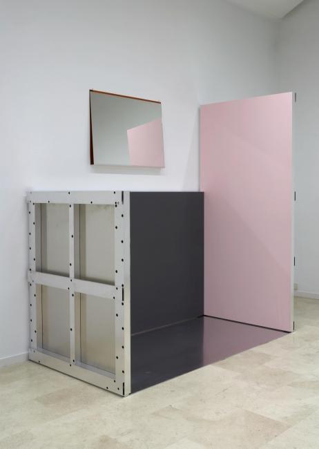 Imi Knoebel, Rosa Ecke, 2007 — Cortesía del artista y del Centro de Artes Visuales Fundación Helga de Alvear, Cáceres