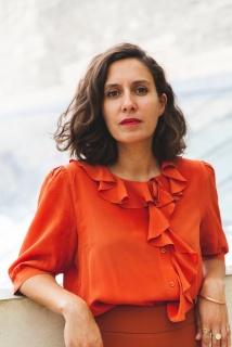 Mariana Pestana, comisaria de la 5ª edición de la Istanbul Design Biennial. Photo: Daniel Oduntan — Cortesía de Istanbul Foundation for Culture and Arts (?KSV)