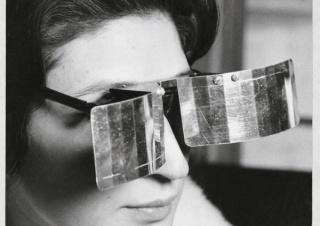 Julio Le Parc, Martha Le Parc with Lunettes pour une vision autre (Glasses for Another Vision), 1965 Photo: © Julio Le Parc / Atelier Le Parc