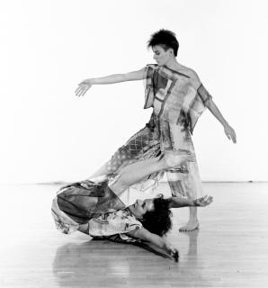 Trisha Brown e Dianne Madden performando 'Set And Reset', 1983, arquivo Jack Mitchell, coleção Craig Highberger, Senoia, Geórgia, Estados Unidos. Cortesía del MASP