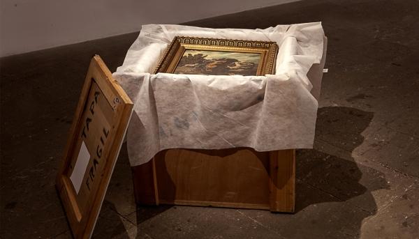 LEVI ORTA. Copia de una obra de Francisco Franco viaja segura por toda España, 2014  Instalación. Acrílico sobre madera. 70x76x66 cm.