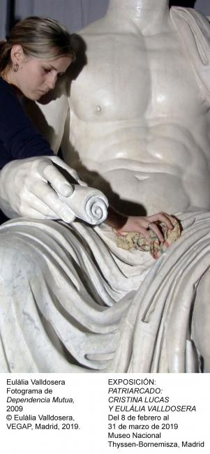 """Eulália Valldosera. Fotograma de """"Dependencia Mutua"""", 2009 © Eulàlia Valldosera, VEGAP. Madrid, 2019 — Cortesía del Museo Nacional Thyssen-Bornemisza"""