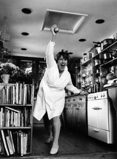 Kitchen Show, Bobby Baker. Image © Andrew Whittuck, 1991 — Cortesía de La Casa Encendida