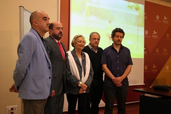 Presentación del ganador del premio, Vari Caramés