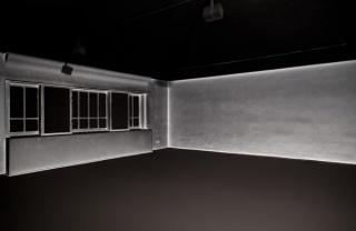 Cinthia Marcelle, Dust Never Sleeps, Installationsansicht, Secession 2014, Foto: Oliver Ottenschläger