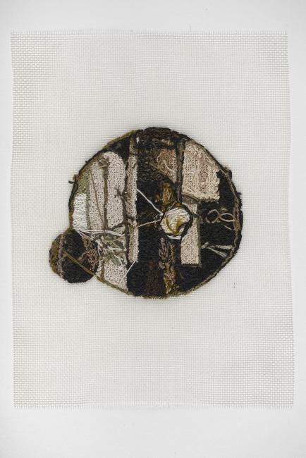 Narelle Jubelin, Shumakon. Petit point. Algodón y seda. 2002-2018 — Cortesía de la Galería Nordés