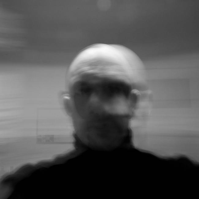 Daffke Hollstein: Self-Process-05, 2017, Serie: Autoidentidad. Impresión de tintas pigmentadas sobre papel Ilford Prestige Perla High 310gr., 45 x 30cm, edición de 5 © Projekteria [Art Gallery]