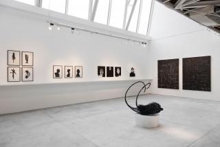 OdA al negro — Cortesía de Meridiano (Cámara Argentina de Galerías de Arte)