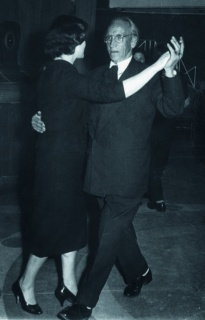 Maese Calvo bailando, s/f. Maese Calvo (AMBu) – Cortesía de Rosario Mazuela