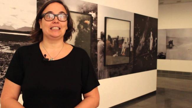 Fotograma de vídeo. Cortesía del Museo Universidad de Navarra | La innovadora fotógrafa Cristina de Middel, Premio Nacional de Fotografía 2017
