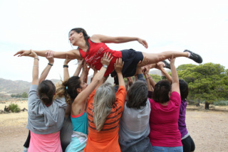 """Proyecto Cuerpo, mujer y medio ambiente. Cabo de Gata (Almería). Programa Art for Change de Fundación """"la Caixa""""."""