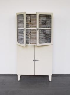 Roman Ondák. 'Only Good news' ,2000. Cortesía de Javier Lumbreras (Colección Adrastus)