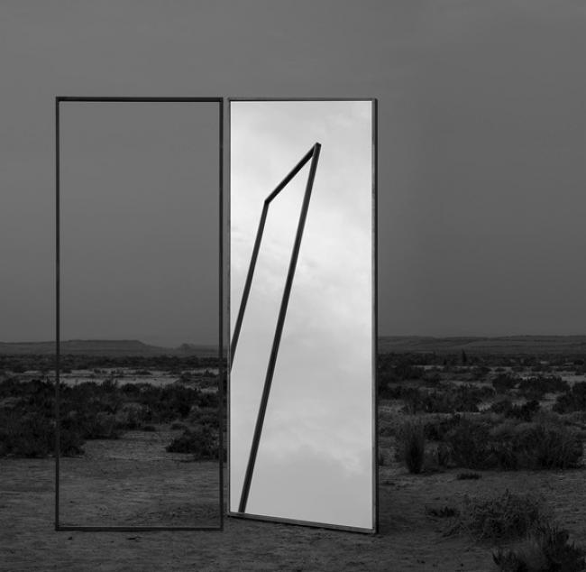 Aitor Ortiz. Espacio Latente 012, 2018. Cortesía de Galerie Springer Berlin | Los solo shows iberoamericanos en Paris Photo 2019
