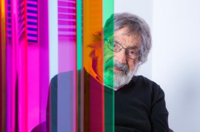 Carlos Cruz-Diez, Paris 2017 © Photo: Lisa Preud'homme © Atelier Cruz-Diez Paris. Cortesía de UBS Art Collection | Carlos Cruz-Diez para conmemorar 25 años de UBS como socio principal de Art Basel