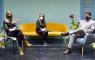 La curadora española Blanca de la Torre (izda.), la directora ejecutiva de la Bienal, Katya Cazar, y el Alcalde de la ciudad de Cuenca, Pedro Palacios, el pasado 3 de febrero, en la rueda de prensa en la Casa-sede de la Fundación Municipal de Cuenca.