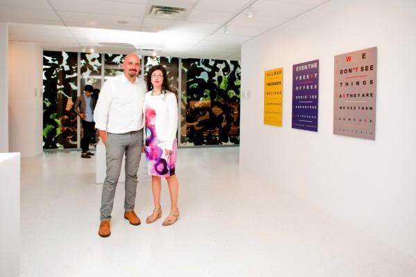 Rodrigo Barreda y Tamara Toledo en la inauguración. Cortesía LACAP | Nace Sur Gallery, el primer espacio de Arte Latinoamericano en Canadá