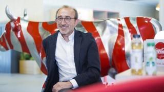 El director de Relaciones Corporativas de Coca-Cola en España y director de la Fundación Coca-Cola, Juan José Litrán, en la sede central de Coca-Cola Iberia en Madrid. Foto: Marta Ortiz