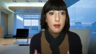 Fotograma del coloquio en que Marisol Salanova modera el debate sobre NFTsART