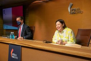 Eduardo López-Puertas, director general de IFEMA MADRID, y Maribel López, directora de ARCOmadrid, presentando en rueda de prensa la 40ª edición de la Feria Internacional de Arte Contemporáneo