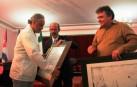Gabriel Orozco recibiendo el Doctorado Honoris Causa. Cortesía ISA - Universidad de las Artes de Cuba