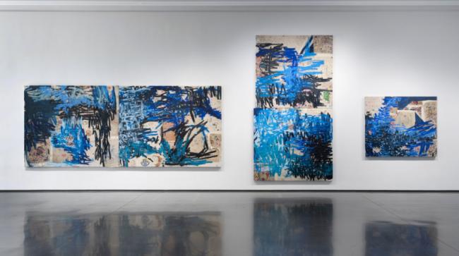 Obra de Óscar Murillo en David Zwirner. Cortesía de la galería | Óscar Murillo gana el primer Premio Turner colectivo (y otros cinco fallos)