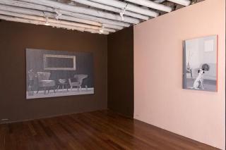"""Vista de la exposición """"Economía de los colores"""" de Luis Hernández Mellizo, la última programada. Cortesía de Nueveochenta"""