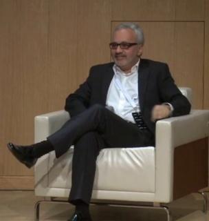 Luiz Augusto Teixeira, en una charla organizada por el CIMAN, en 2014. Fotograma de vídeo