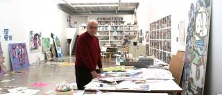 Luis Gordillo en su estudio, 2014. Cortesía del artista y feria Estampa