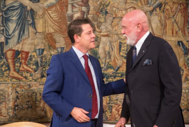 De Izqda. a Dcha.: Emiliano García-Page, Presidente de la Junta de Comunidades de Castilla-La Mancha, y Roberto Polo | 12 obras de la Colección Roberto Polo en Toledo