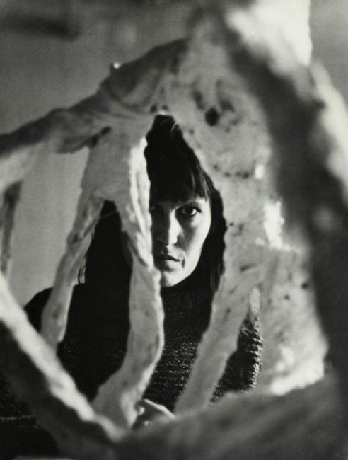 Retrato de Noemí Martínez. Fotografía de su hija Ana Mampaso, 1974. Cortesía de José de la Mano   #loquehayquever en España: Apertura, epicentro de la programación madrileña