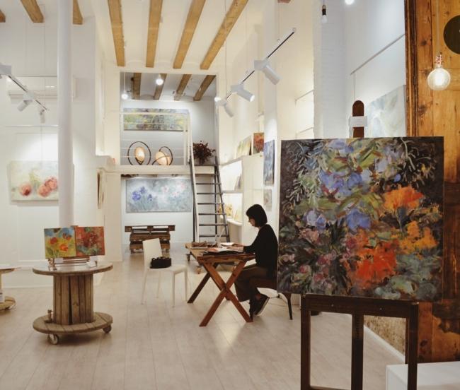Interior Blue Frame Gallery