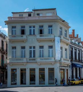 Galería Máxima-arte cubano contemporáneo