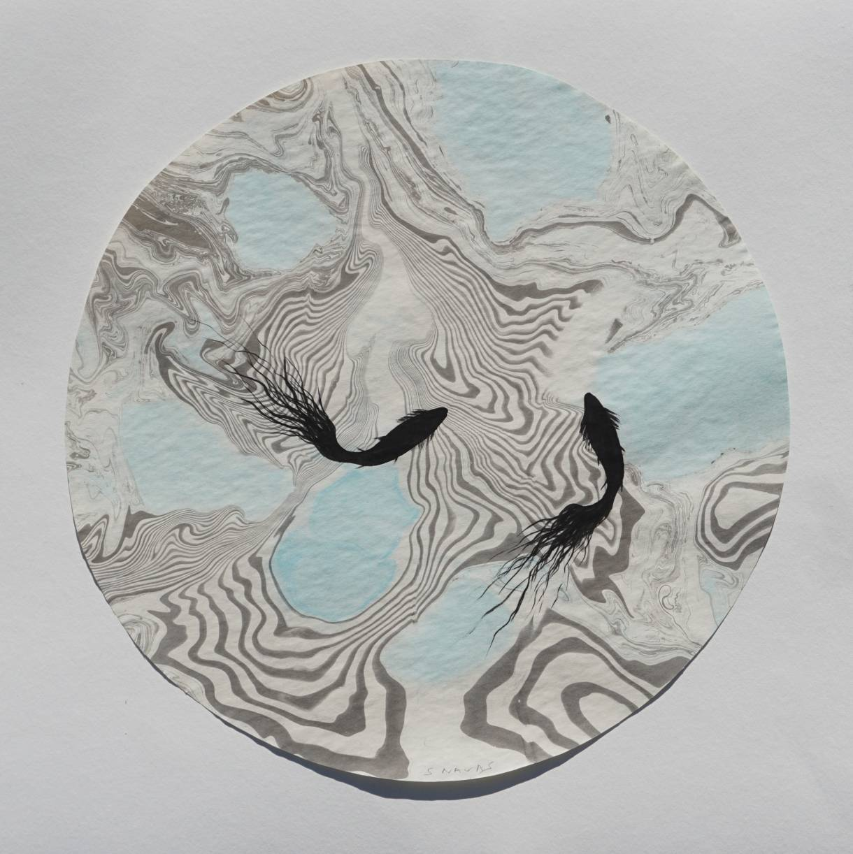 Tondo suminagashi peces I (2017) - Sebastián Navas
