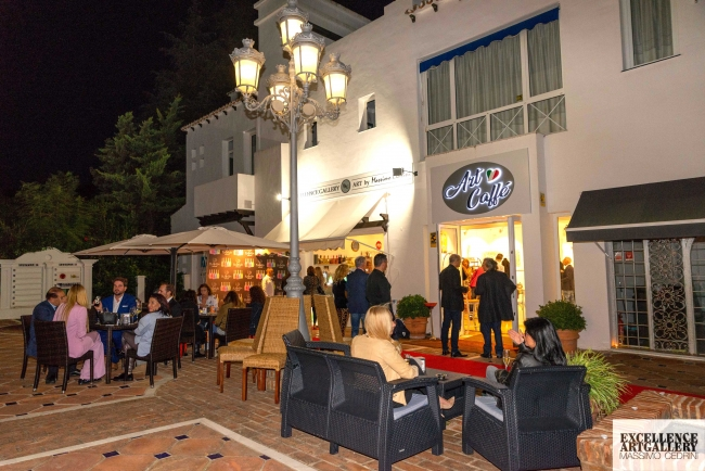 Inauguración de Art Caffè