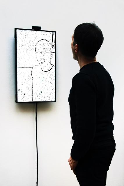 Portrait on the fly (2015) - Christa Sommerer & Laurent Mignonneau