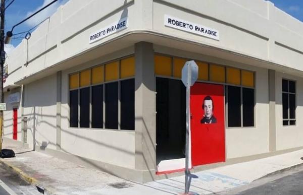 Local de la galería Roberto Paradise