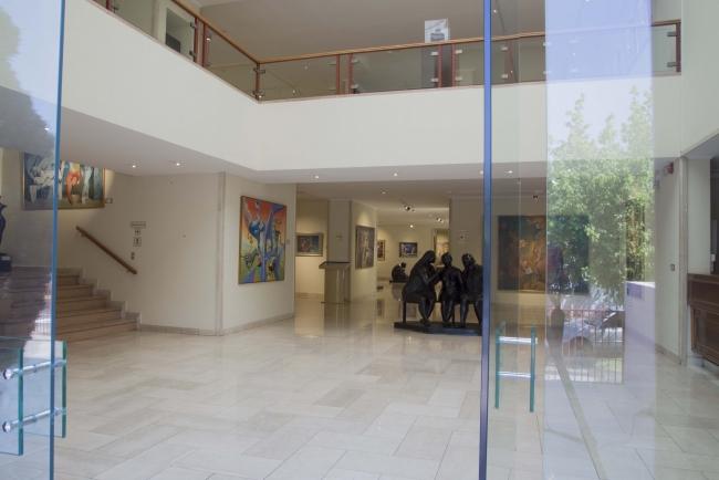 Hall acceso, Museo Ralli Santiago
