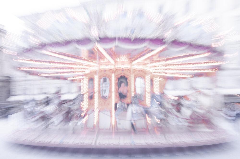 Ouroboros 1/5 segundos I e II (2019) - Juliana Sícoli