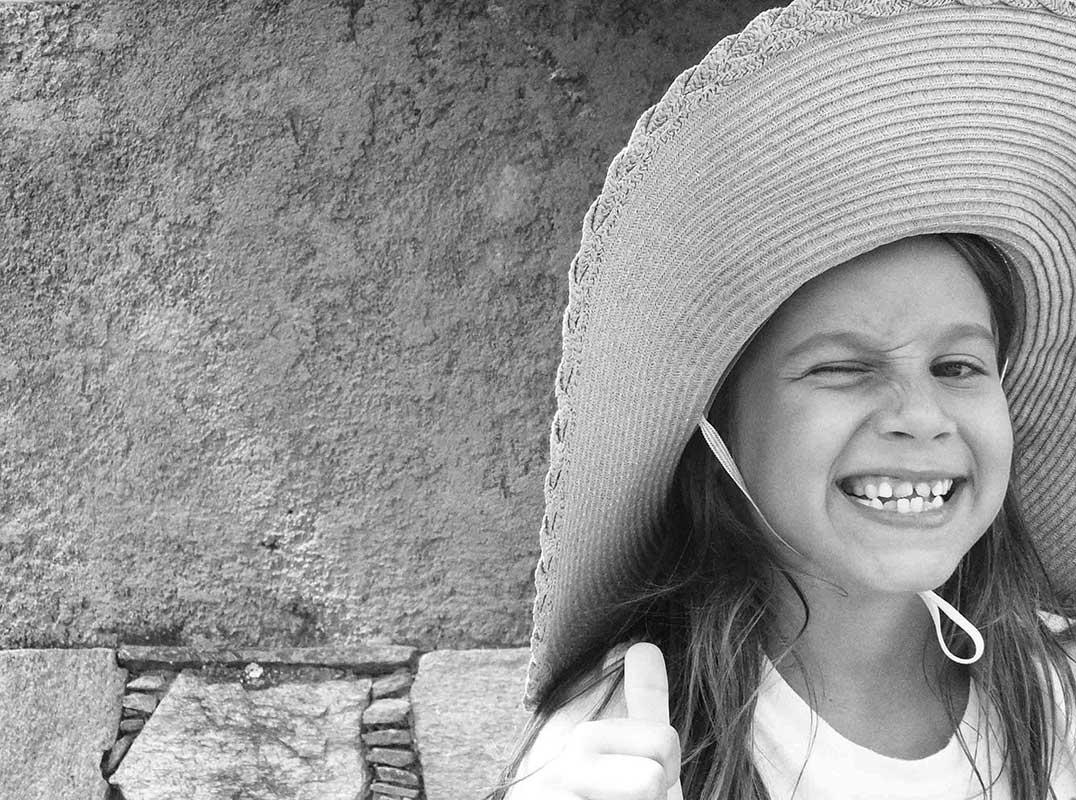 Muriel con sombrero (2020) - Elizabeth Mosler