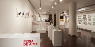 Feria de Arte. Actividad organizada por el Centro Cultural Caja Rioja - Gran Vía