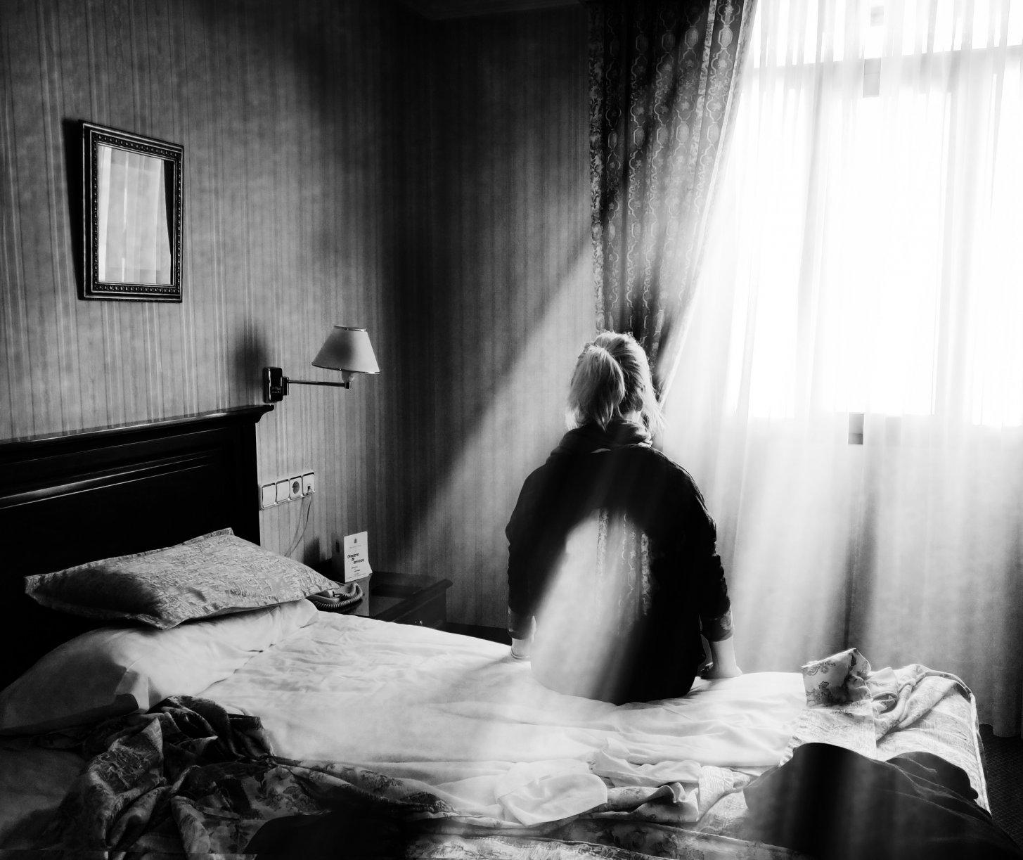 La habitación de hotel (2018) - Esperanza Manzanera Ferrándiz - Velmock