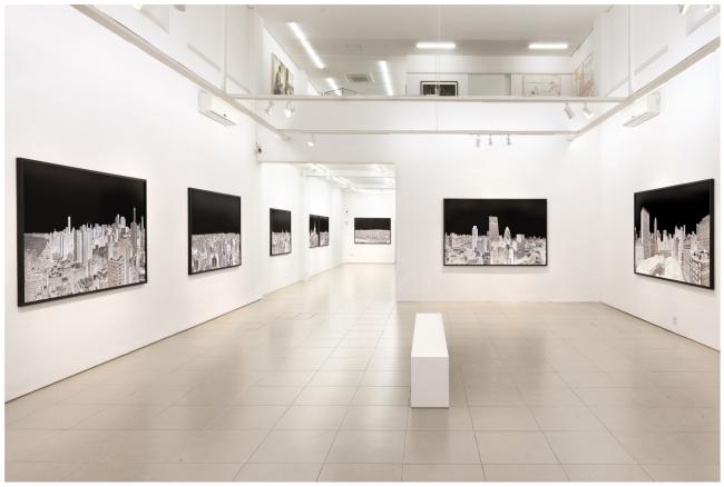Andre Lichtenberg, Within Series, instalation image, Galeria Bolsa de Arte