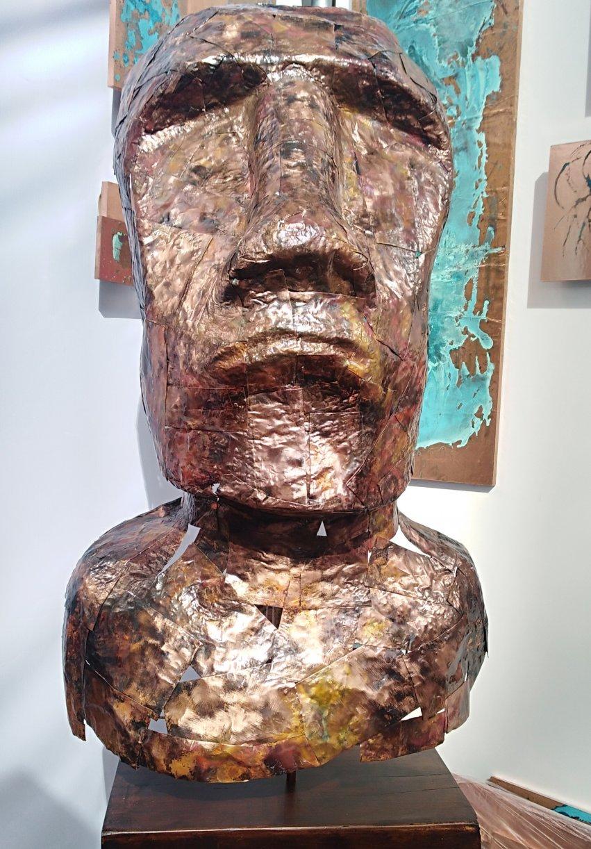 Moái (2019) - Sergio Roberto Rojas Soto
