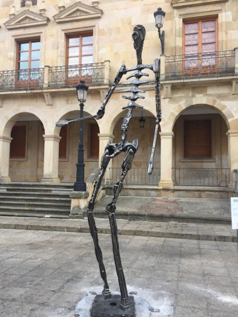 """Animas de Bécquer: Templario"". Jardines Claustros San Juan de Duero (Soria)"