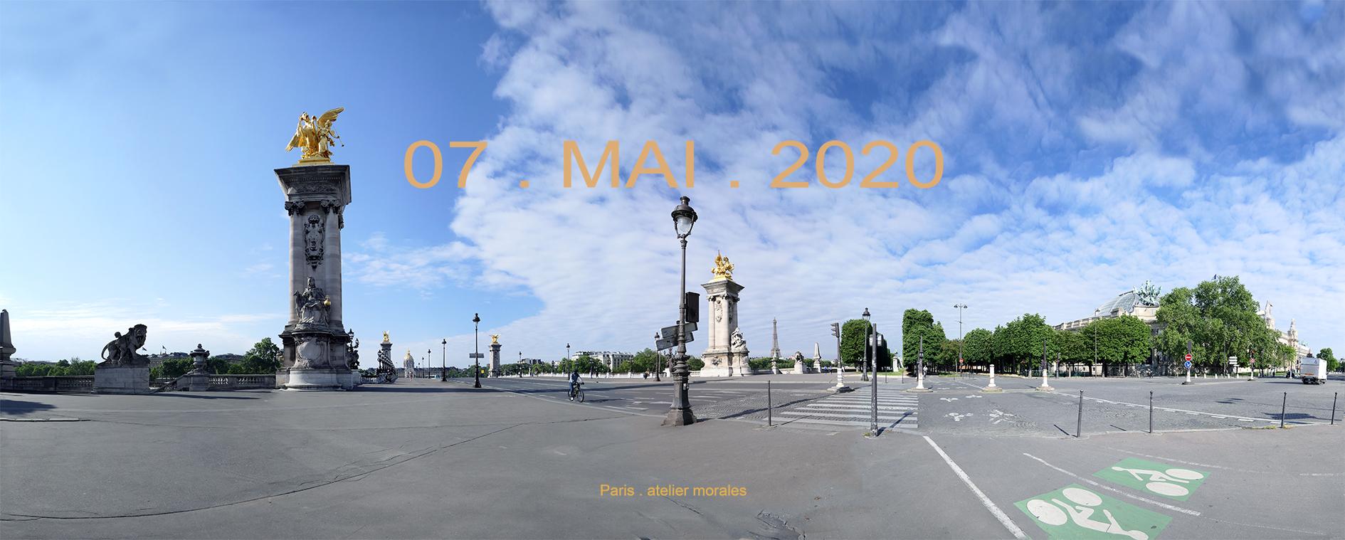 53eme jour confinement. 07 mai 2020. Pont Alexandre III. Cours La Reine Paris (2020) - Teresa Ayuso & Juan Luis Morales  - Atelier Morales