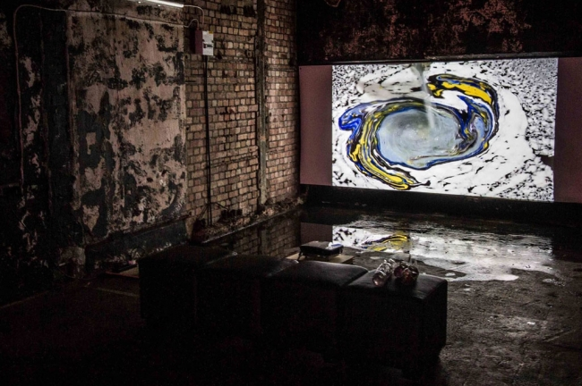 Migrations - Bargehouse Gallery, Oxo Tower, Londres