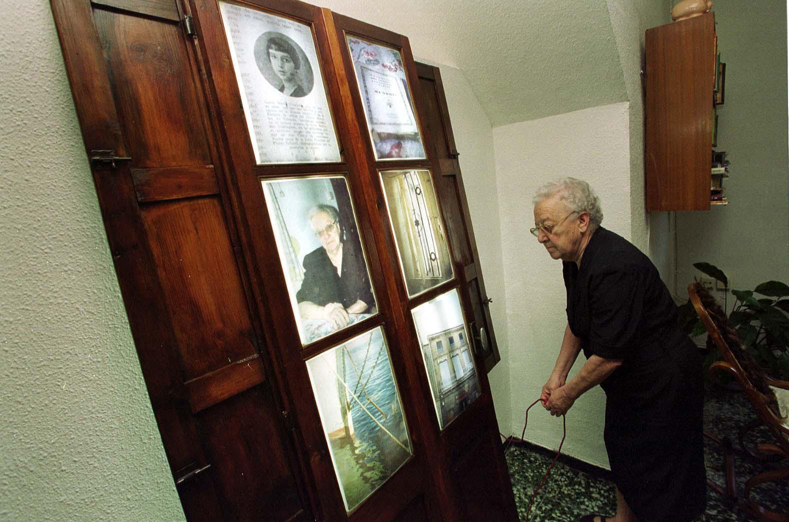 mujer Cabanyal (2001) - Ana Veintimilla